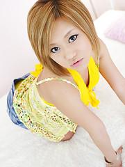 Yumi Aina, blond japanese girl naked