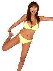 Yoko Matsugane is a cute model in her yellow bikini
