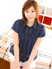 Redhead japanese cutie Sizuka Majima