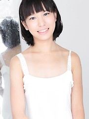 Short haired japanese cutie Aki Fukabori