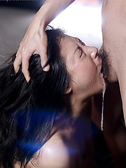 Brunette japanese chick deepthroat fuck