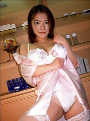 Anna Ohura natural huge tits in a geisha dress