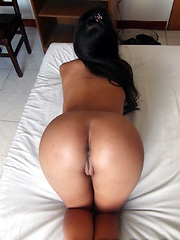 Filipina with perfect brown ass has pussy pumped by tourist