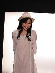 Siori Motomiya oiled pics
