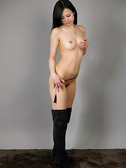 Cute japanese model Yokoyama Natsuki