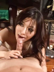 Kanade Otowa licks dick and gets tongue and vibrator on nooky