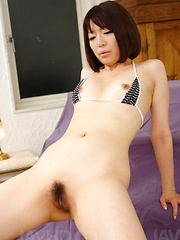 Izumi Manaka Asian gets sperm on face after getting vibrator