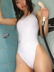 Noriko Kijima Asian spoils lustful curves with water on lingerie