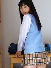 Kotone Moriyama Asian in uniform bends and shows ass on street