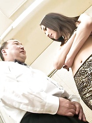 Nozomi Mashiro Asian puts vibrator on clit while has pussy licked