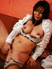 Sayuri Mikami moans while rubbing her pussy