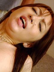 Sexy Izumi Tachibana gets creamed good on bed