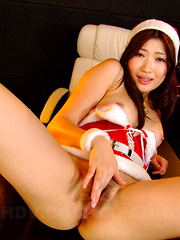 Alluring Karin Kusunoki gets nasty with a toy