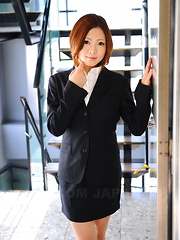 Lady Iroha Kawashima strips in her office