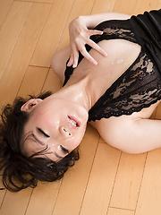 Misaki Akari deepthroat blowjob