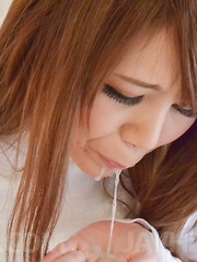 Maki Koizumi with huge cans rubs penis with labia and gets sperm