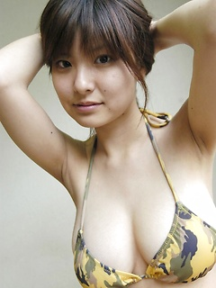 japanese porn model Hanai Miri