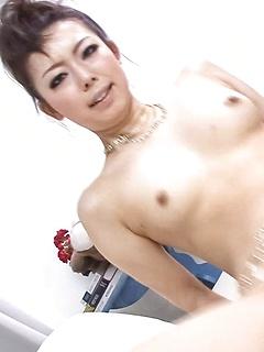 japanese porn model Yuki Asami