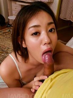 japanese porn model Yuna Satsuki