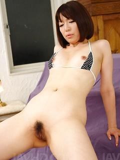 japanese porn model Izumi Manaka